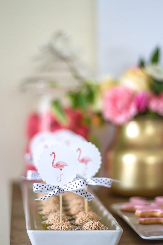 festa flamingo 26