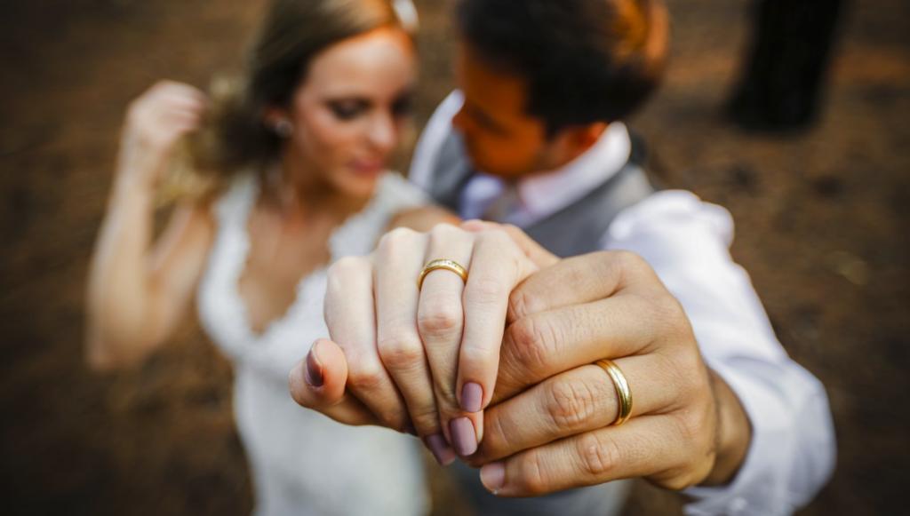 Tudo que você precisa saber sobre as alianças de casamento — Noiva ...