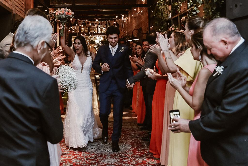 Marcela e Danilo | Celebrando o amor no Celeiro Quintal