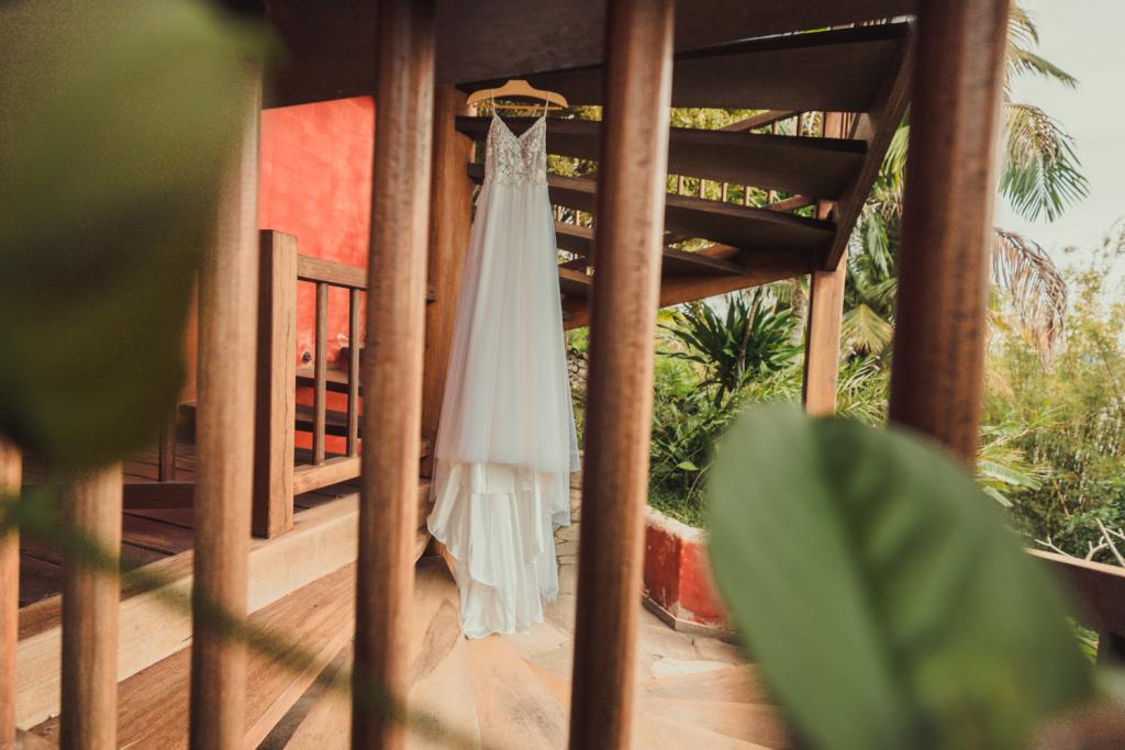 Anna Julia e Thomas Casamento vibrante em Ilhabela