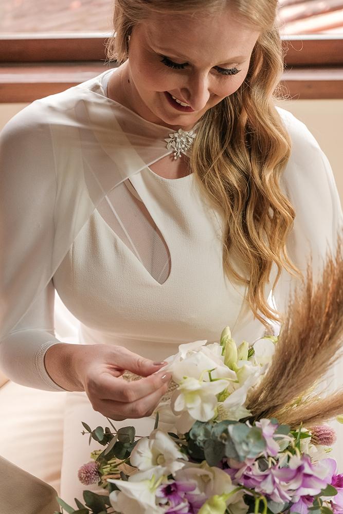Juliana e Vinicius Casamento na Casa Giardino a dois com amor Karina Matos Assessoria