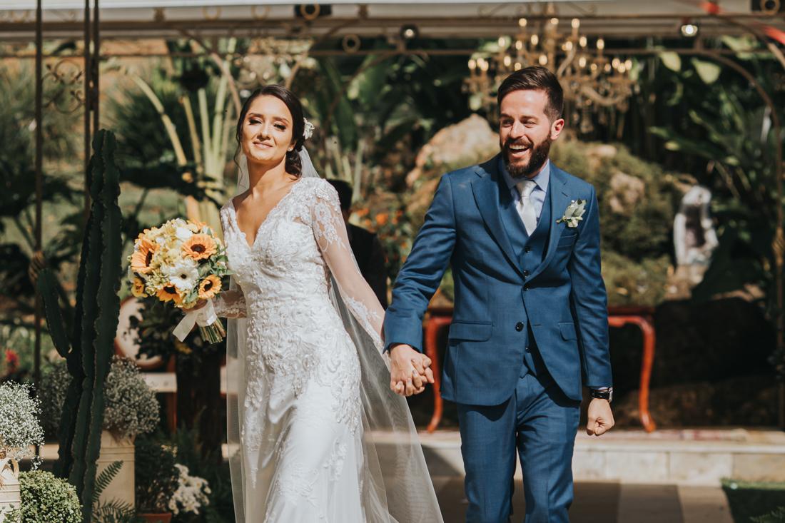 Samantha e Fabricio Casamento no Ravena Garden com Artes Cantadas