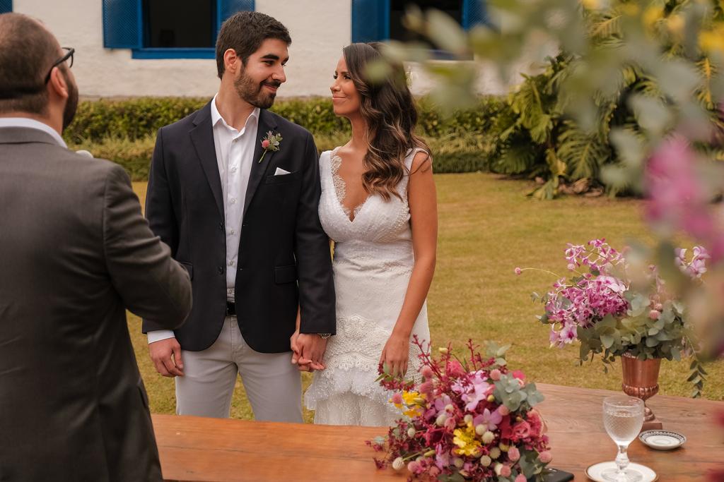 Marina e Gustavo | Casamento a dois na Fazenda Fagundes por Karina Matos Assessoria