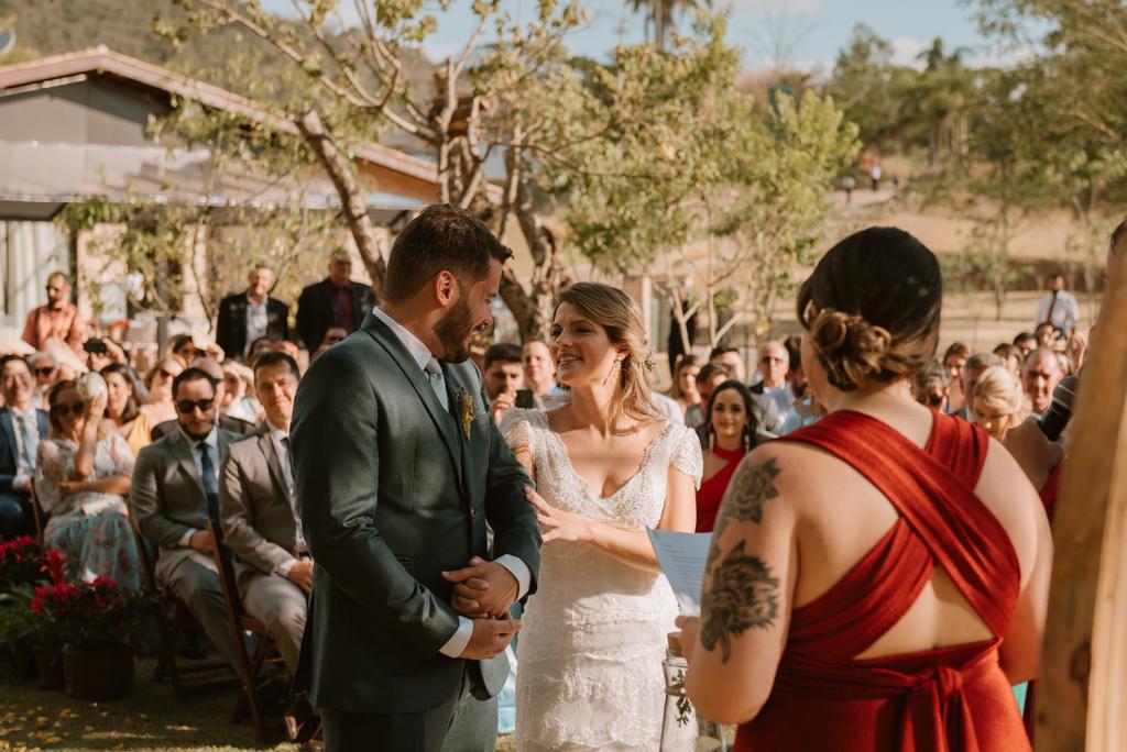Marina e Murylo | Casamento romântico ao ar livre, por Seiva Fotografia
