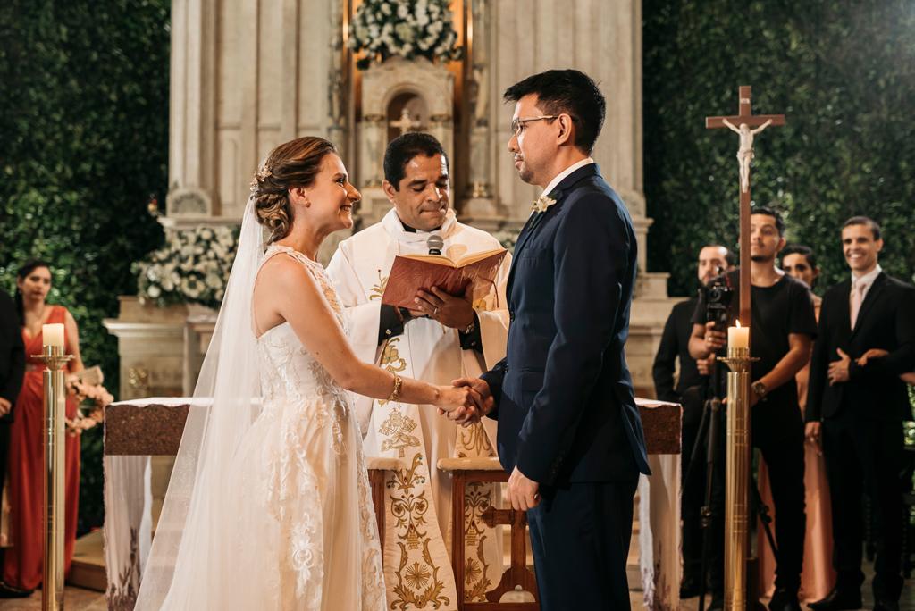 Anna Carolina e Weiji | Casamento dos sonhos no Celeiro Quintal