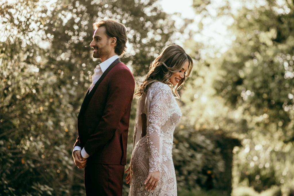 Amanda e Bruno | Elopement wedding boho ao ar livre com decoração de Emmanuel Nogueira