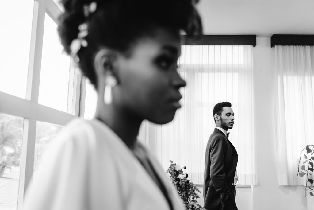 Home Wedding: elegância e aconchego para casar em casa por Gi Meira Fotografia