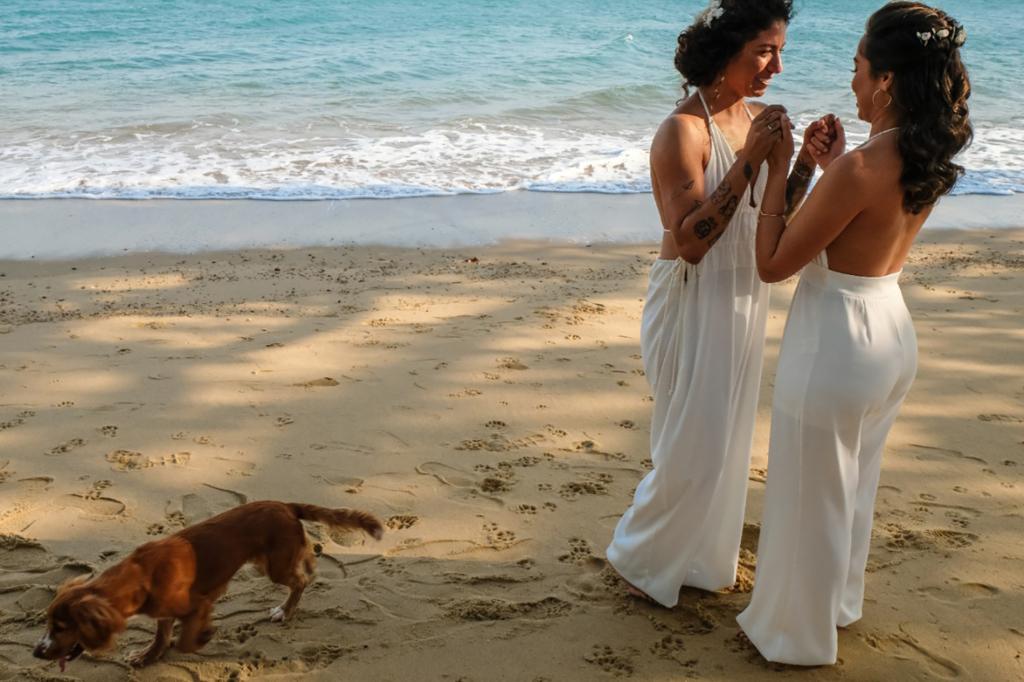 Ana Paula e Cristiane Rozeira | Troca de alianças emocionante em Ilhabela
