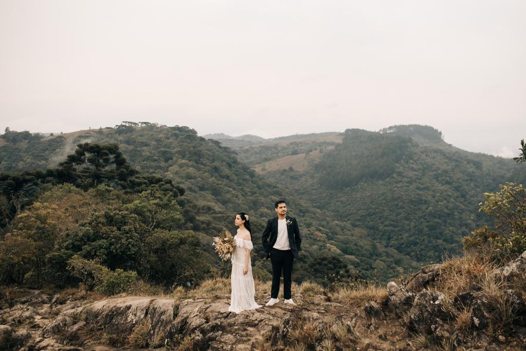 Deb e Leo | Elopement Wedding na Pedra do Baú por Eu Caso Vocês