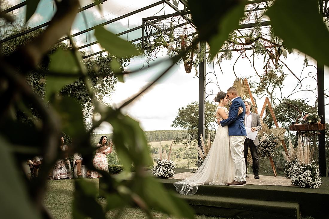 Gabriella e Leonardo | Um lindo micro wedding no interior
