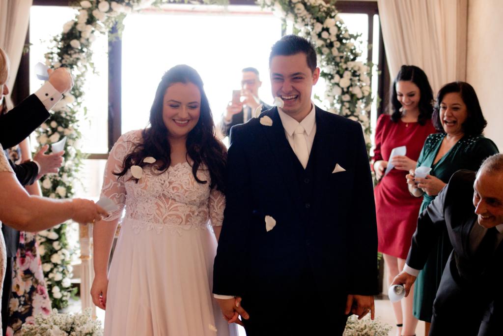 Aline e Fábio | Home wedding romântico com toque azul