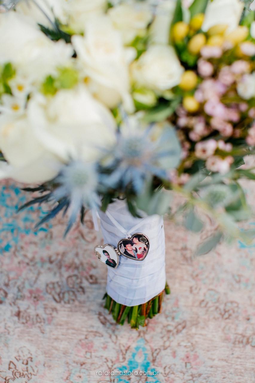 Scarlet e Vinicius | Micro wedding clean, romântico e apaixonado, por Rafa Ramos