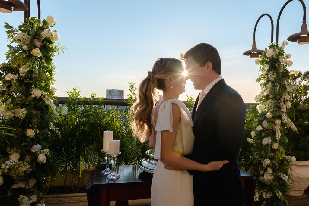 Livia e Leandro | Casamento civil em grande estilo, por Marina Maeda