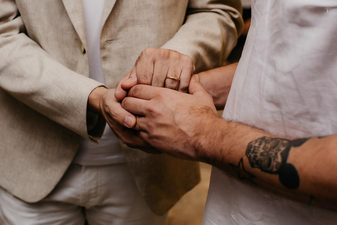 Lucas e Guilherme | Mini wedding com chuva e muito amor