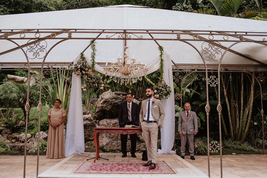 Thais e Henrique | Romantismo no Ravena Garden