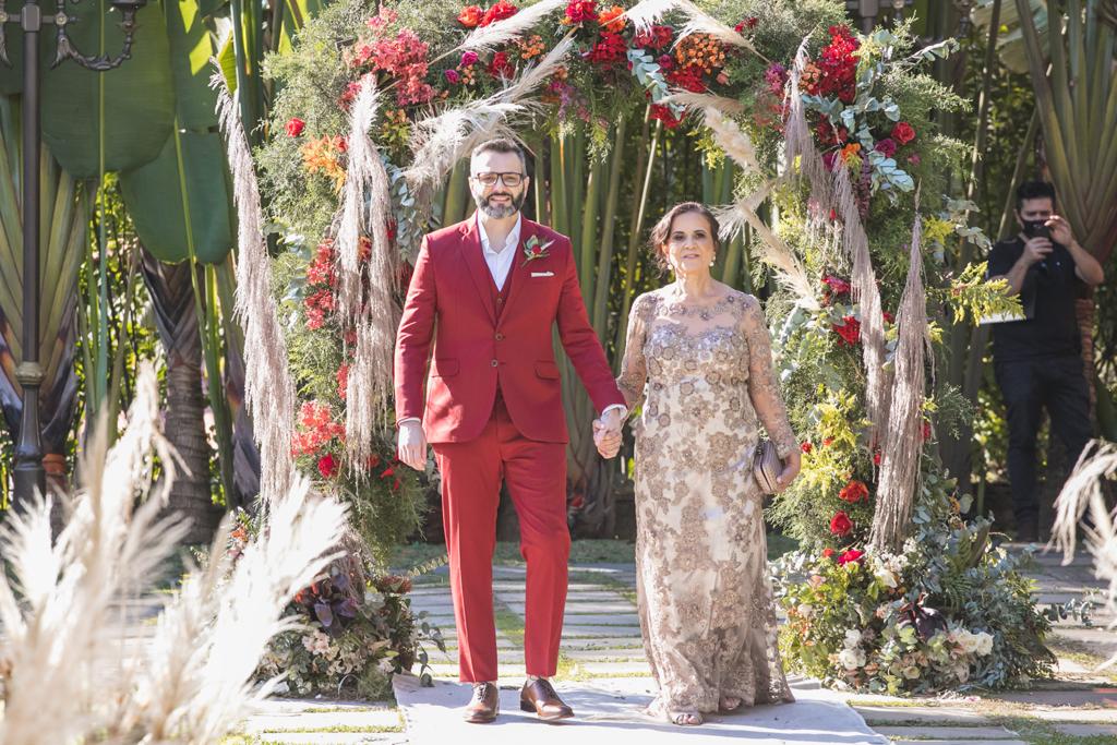 Patricia e Tiago   Do Happn para o altar no Ravena Garden