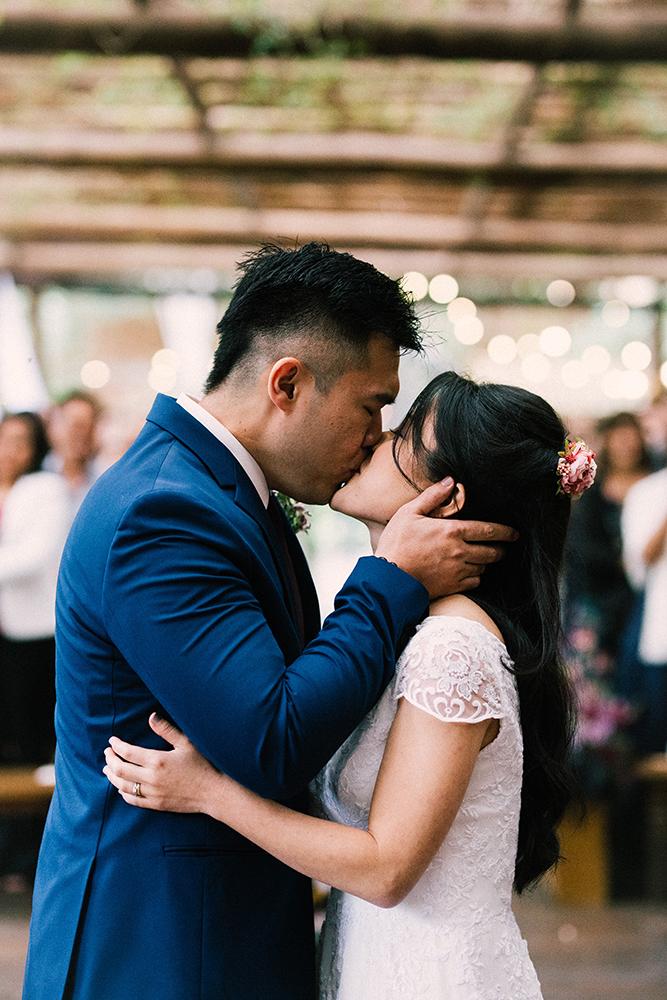 Silvia e Marcello | Casamento leve e encantador no Casarão La Villa